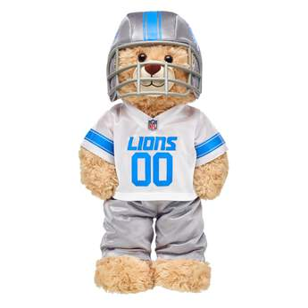 Touchdown! Cheer on the Detroit Lions by dressing a special furry friend in this fun uniform! This three-piece set brings all the team spirit with a Detroit Lions jersey, pants and soft helmet. Go big for game day!